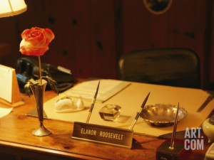Elanor Roosevelt's desk with a misspelled name plate