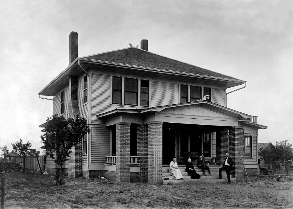 Kirkpatrick House in Lewisville, 1916