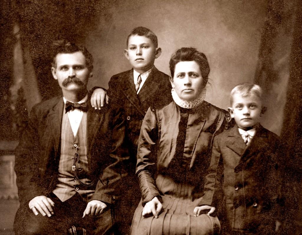 Kirkpatrick Family, circa 1907